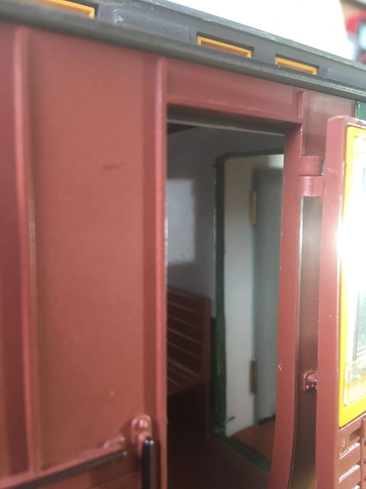 Modificació vagons de portes laterals de LGB X_1310