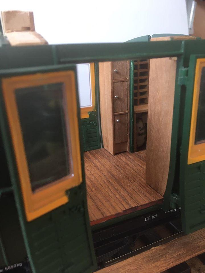 Modificació vagons de portes laterals de LGB X_1710