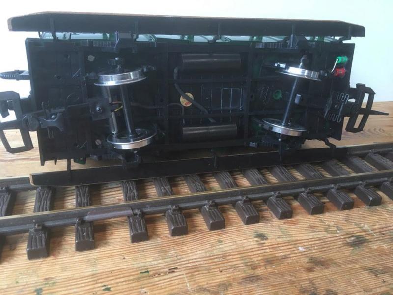 Modificació vagons de portes laterals de LGB X_512