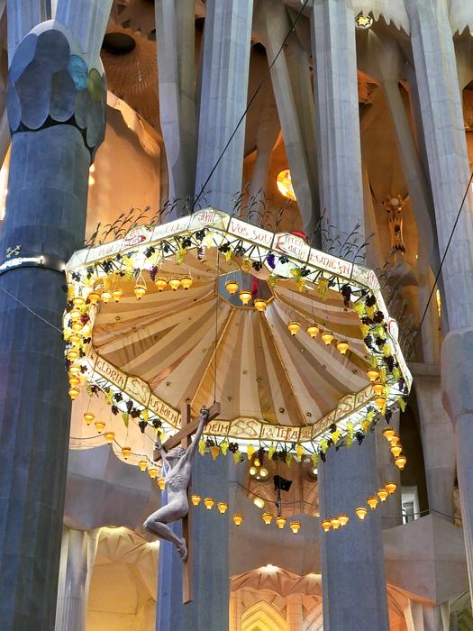 Lumineuse Sagrada Familia P1110512
