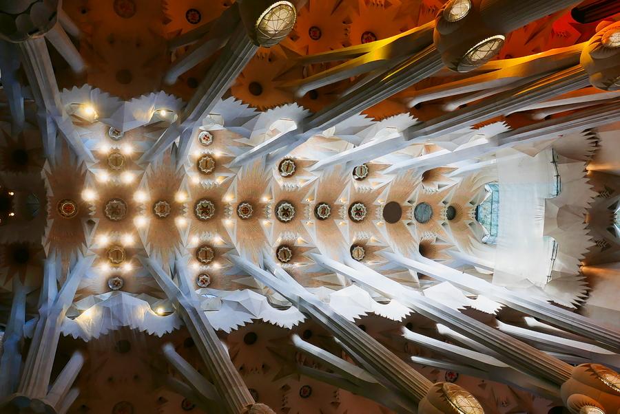 Lumineuse Sagrada Familia P1110513