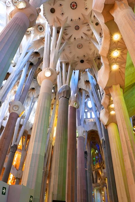 Lumineuse Sagrada Familia P1110515