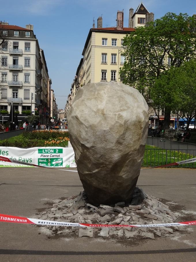 Chutes de menhirs en France Dsc07110
