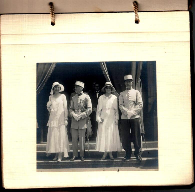 grosse identification album photo mariage officiers français tenues modèle 22  000428
