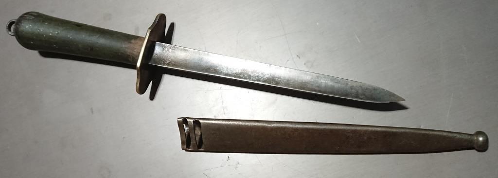 Poignard de matelot modèle 1833 1er type 000520