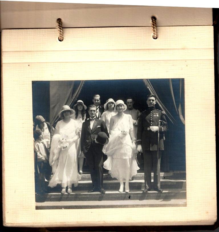 grosse identification album photo mariage officiers français tenues modèle 22  000528
