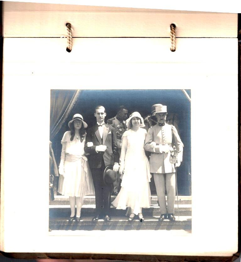 grosse identification album photo mariage officiers français tenues modèle 22  000625