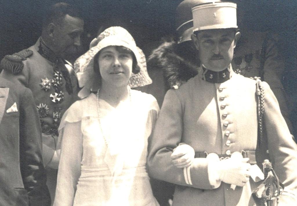 grosse identification album photo mariage officiers français tenues modèle 22  006c10