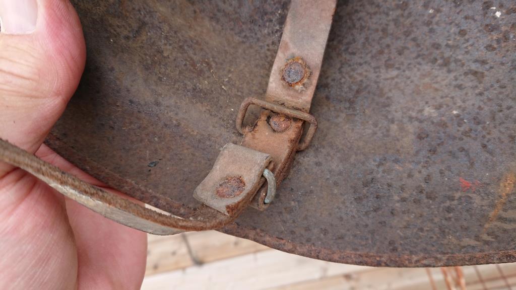 CASQUE US 17 CAMOUFLE 4 TONS (?) SORTIE DE GRENIER Dsc_6719