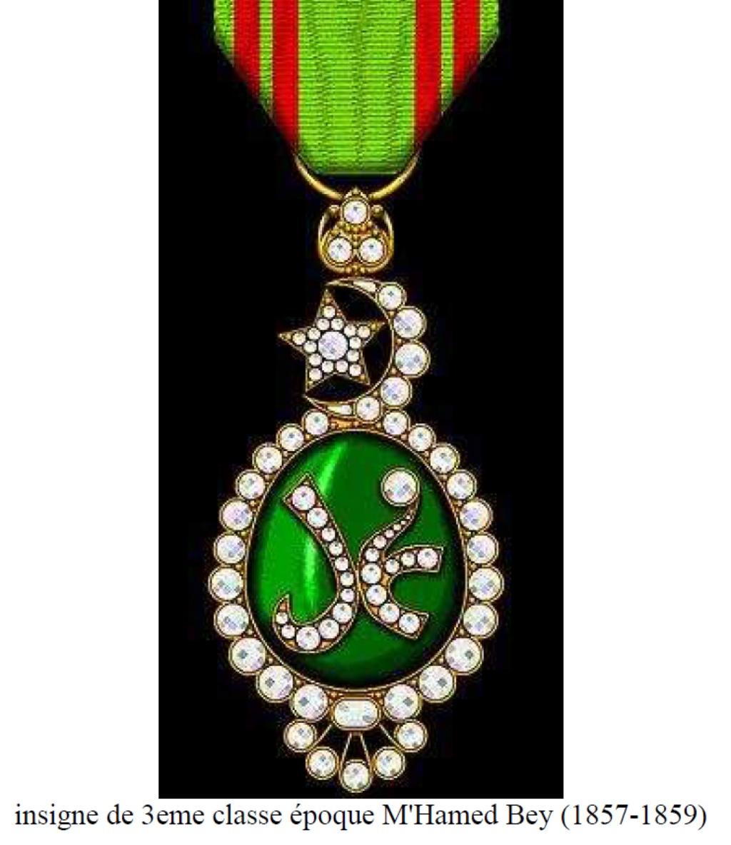 un général gouverneur mais qui est il ? et décorations à identifier. Dsc_8735