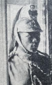 CASQUE DE DRAGON 1874 AU CONGO EN 1961 Dsc_9413