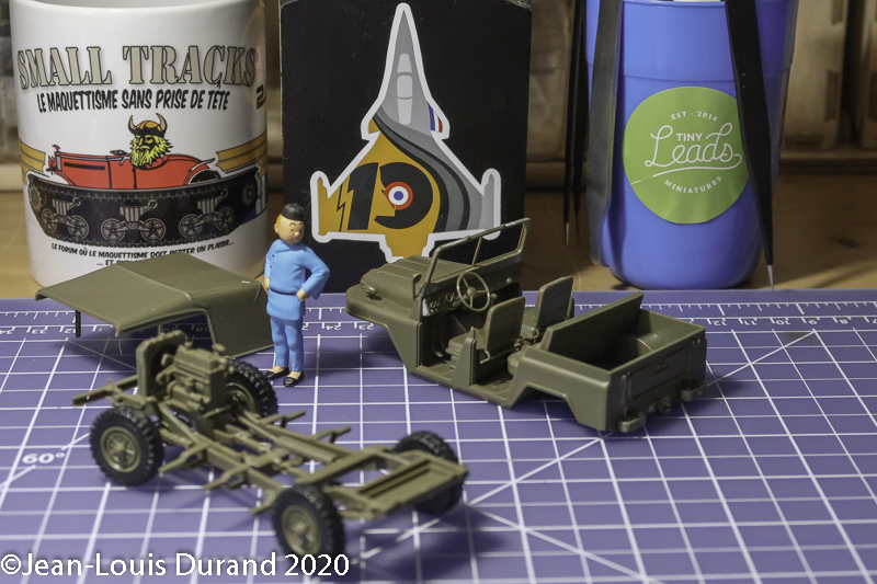Jeep chinoise BJ212 - Trumpeter #02302 - 1/35 Bj_21212