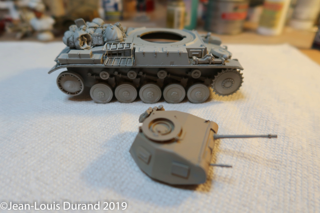 Pz.Kpfw. II Ausf. F revisité: TAMIYA 35009 + set accessoires BLACKDOG T35032 + EDUARD 35350 + canon RB MODELS 35B25- 1/35 Img_0341