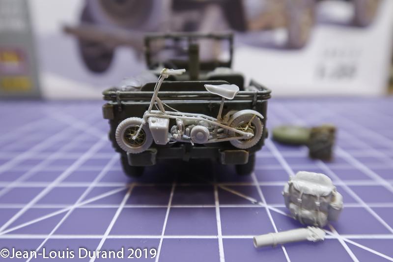 Jeep Willys - 1st Polish Independant Parachute Brigade, Rifle Batalion - Hollande 1944 - SK MODEL + accessoires Bronco 1/35 - Page 4 Jeep_p41