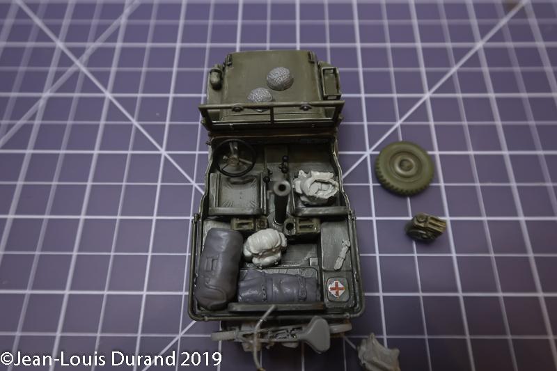 Jeep Willys - 1st Polish Independant Parachute Brigade, Rifle Batalion - Hollande 1944 - SK MODEL + accessoires Bronco 1/35 - Page 4 Jeep_p42