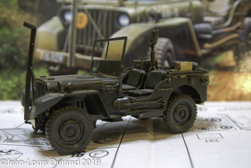 Jeep Willys - HQ-Troop, 2nd Reconnaissance Squadron, 8th Cavalery, 4th Infantry Division 1945 - REVELL 03015 - 1/35 Jeep_w11