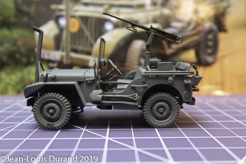 Jeep Willys - HQ-Troop, 2nd Reconnaissance Squadron, 8th Cavalery, 4th Infantry Division 1945 - REVELL 03015 - 1/35 Jeep_w20