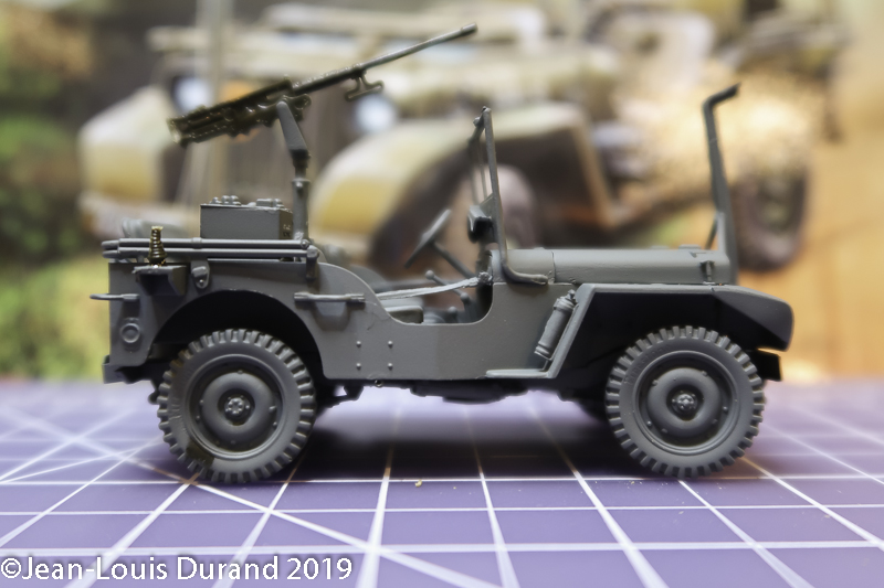 Jeep Willys - HQ-Troop, 2nd Reconnaissance Squadron, 8th Cavalery, 4th Infantry Division 1945 - REVELL 03015 - 1/35 Jeep_w21