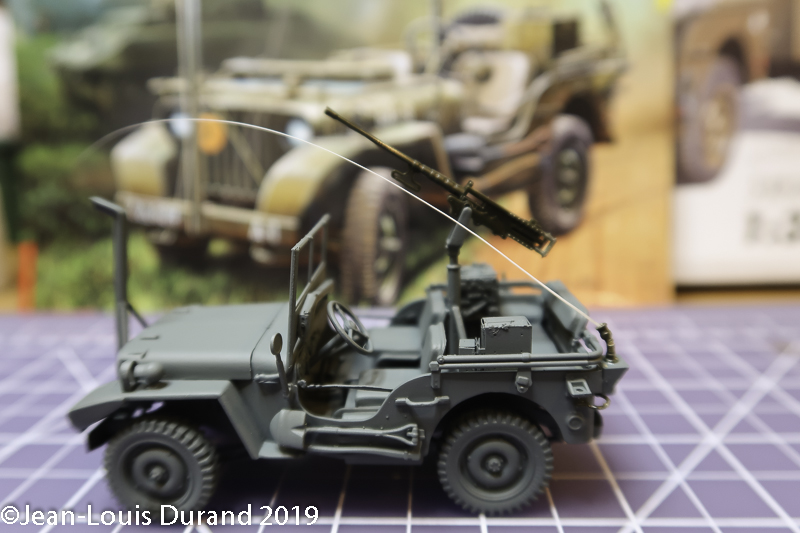 Jeep Willys - HQ-Troop, 2nd Reconnaissance Squadron, 8th Cavalery, 4th Infantry Division 1945 - REVELL 03015 - 1/35 Jeep_w25