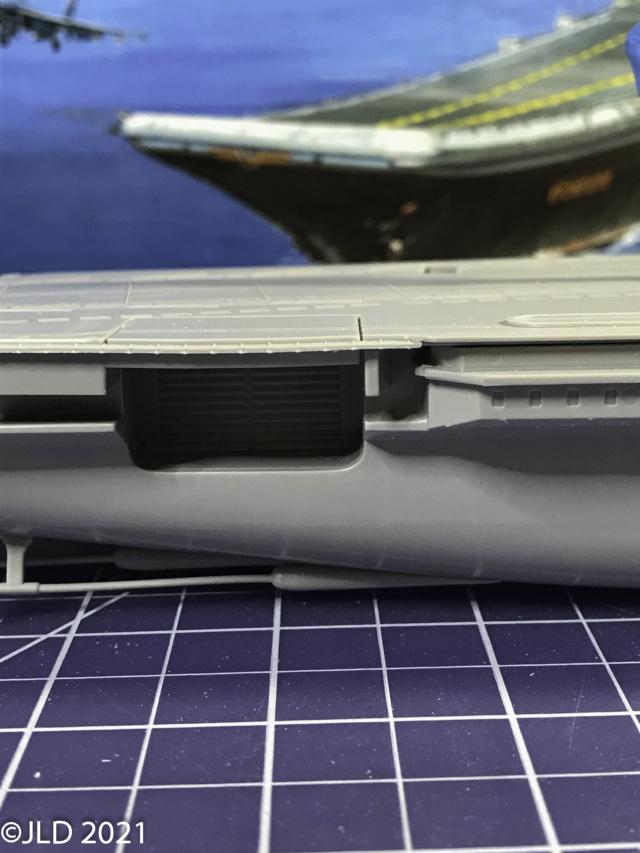 Porte-avions Amiral Kuznetsov - Zvezda - 1/720 Kuz_0014