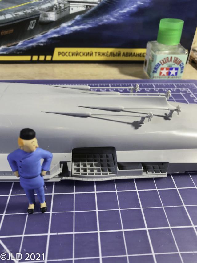 Porte-avions Amiral Kuznetsov - Zvezda - 1/720 Kuz_0015