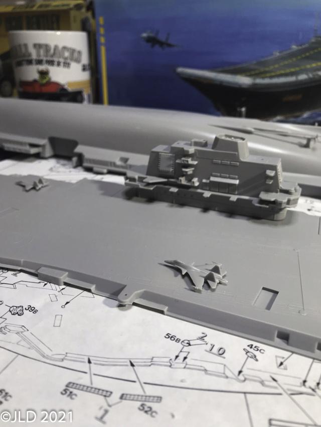 Porte-avions Amiral Kuznetsov - Zvezda - 1/720 - Page 2 Kuz_0016