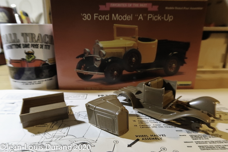 Ford Model A Pick-Up 1930 - Lindberg - 1/32 Sans_t14
