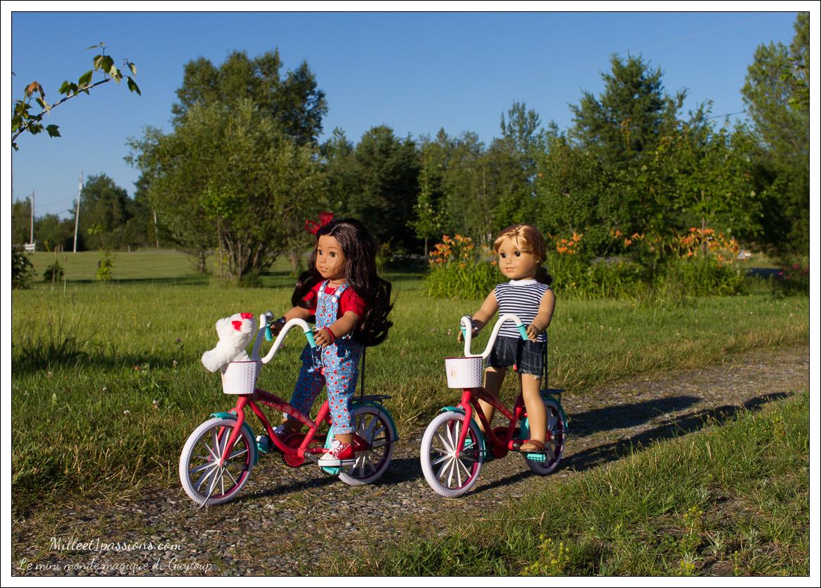 Charlotte et Nanea se baladent en vélo Img_6311