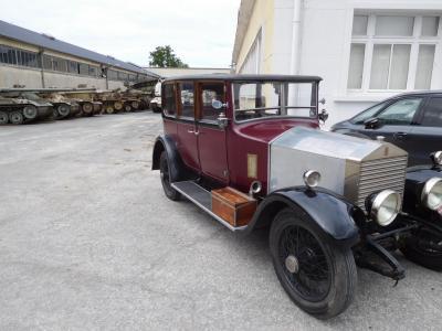 Rolls et blindés 910