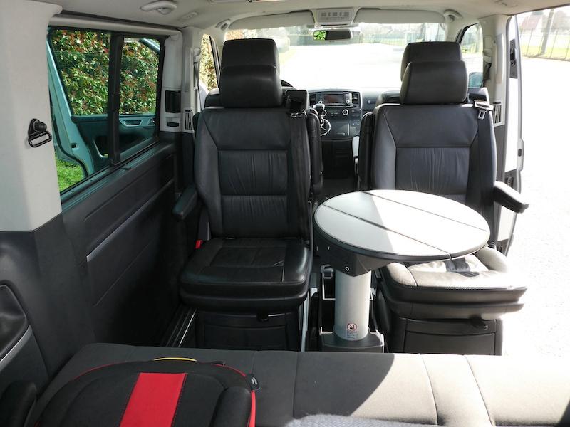 A vendre notre Multivan T5 Highline 174CV boîte auto de 2007 VENDU ! P1010018