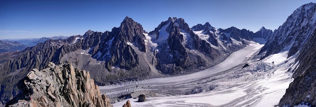 Glacier d'Argentière , les grands Montets . 45017510