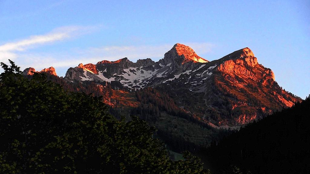 Extinction des feux sur la montagne P1012413