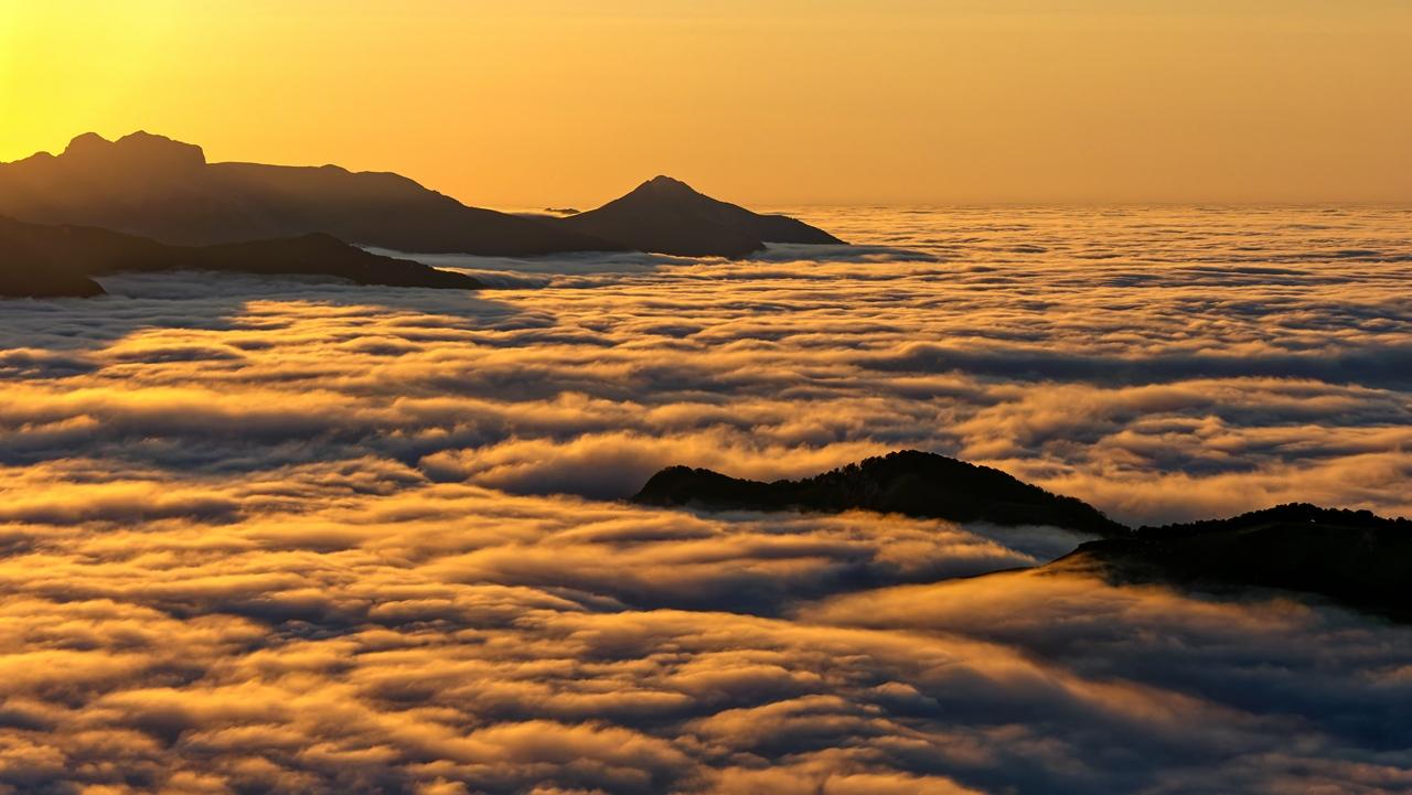 Mer de nuages en montagne P1236512