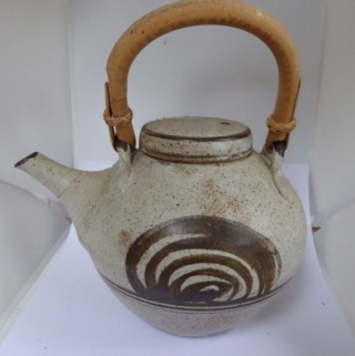 Lowerdown Pottery - Page 3 01011