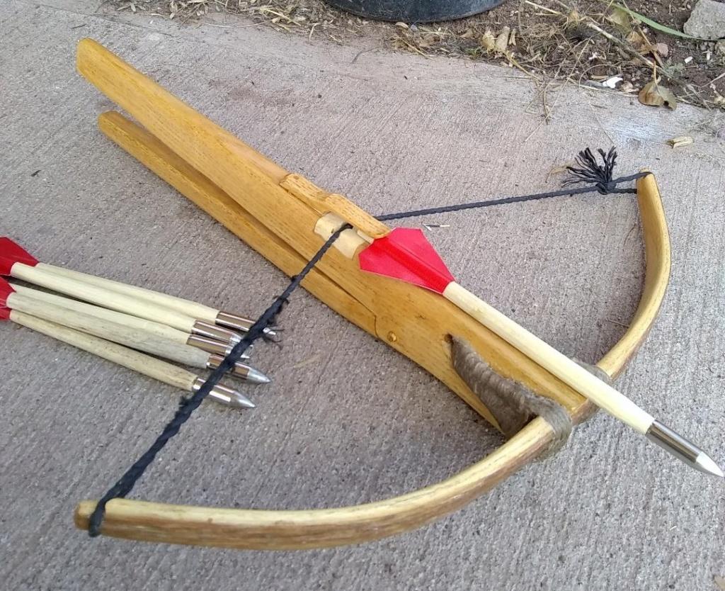 Knottelarmbrüste or other wooden crossbows Lil_cr10