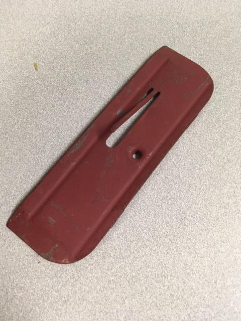lower door molding clips Img_5212