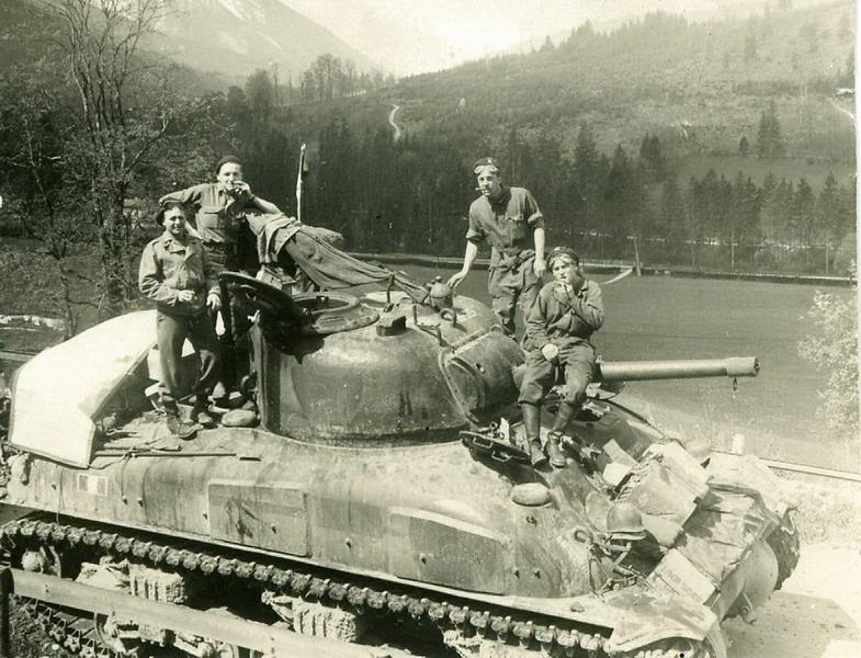 """Recherche information sur le char """"Petitmont"""" Claude11"""