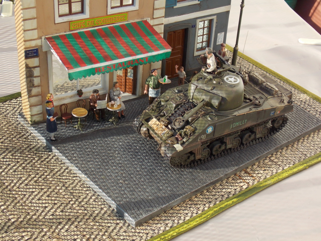 """Sherman le """"ROMILLY """"  maquette ASUKA  1/35  - Page 2 Dscn1084"""