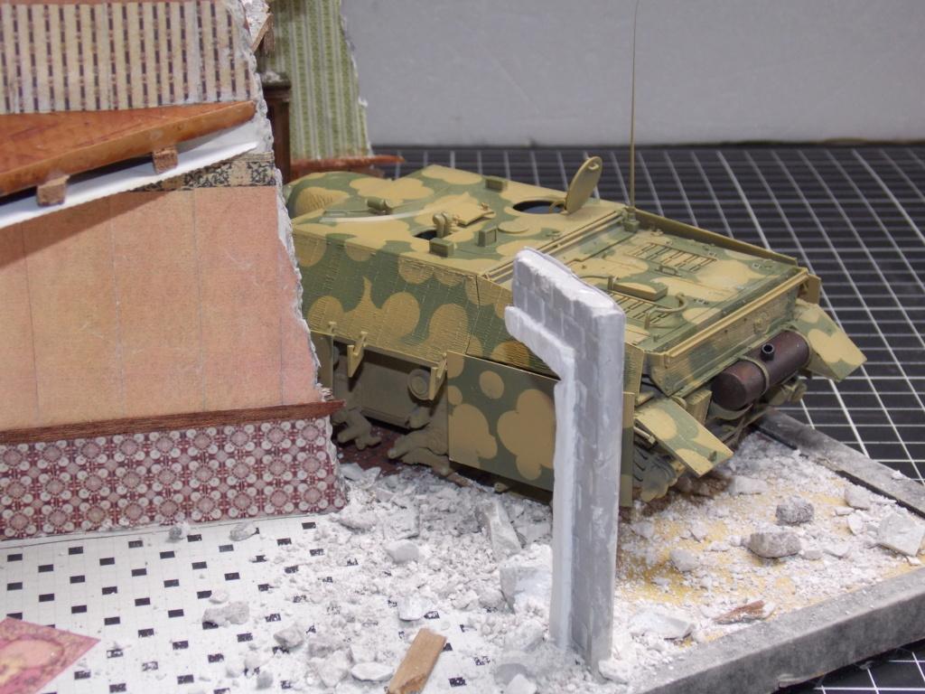 Guet-apens  Jadpanzer IV L48 / figurines DRAGON / décor perso  1/35  FINI  - Page 3 Dscn1353