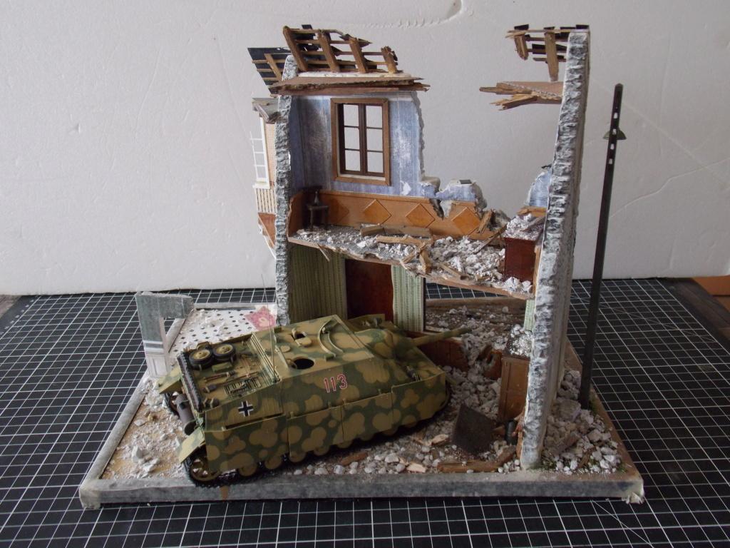 Guet-apens  Jadpanzer IV L48 / figurines DRAGON / décor perso  1/35  FINI  - Page 3 Dscn1378