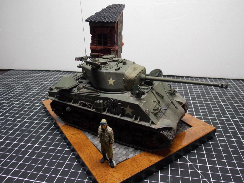 Sherman M4A3 76W HVSS with full interior RFM 1/35 - Page 12 Dscn1404