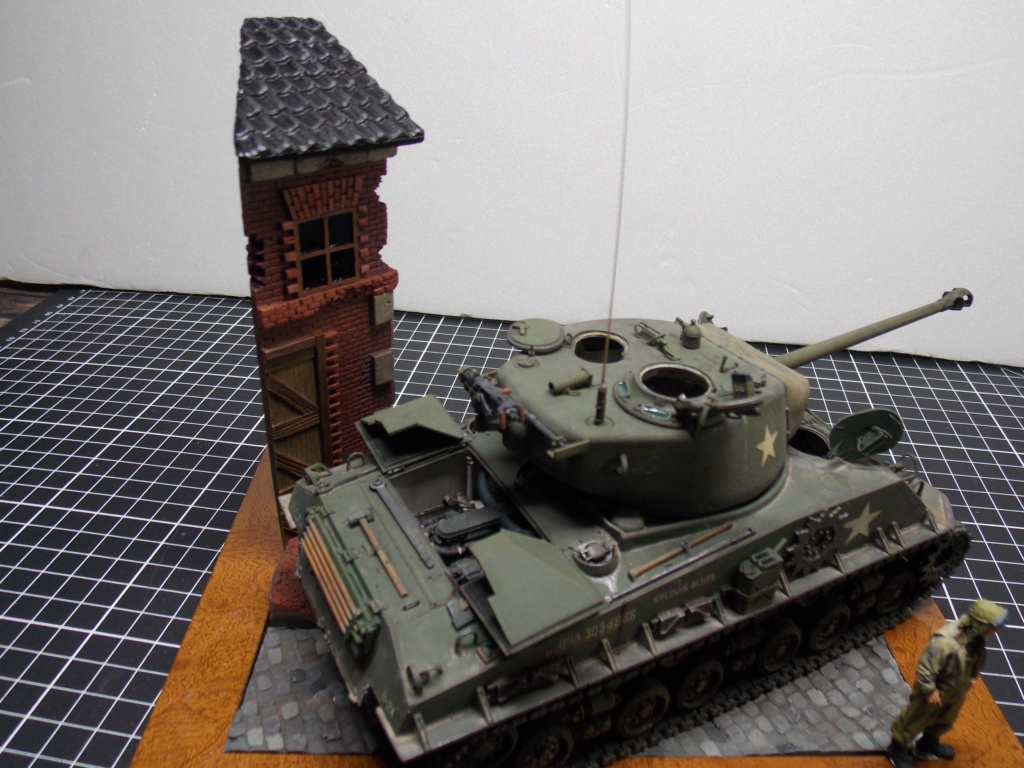 Sherman M4A3 76W HVSS with full interior RFM 1/35 - Page 12 Dscn1408