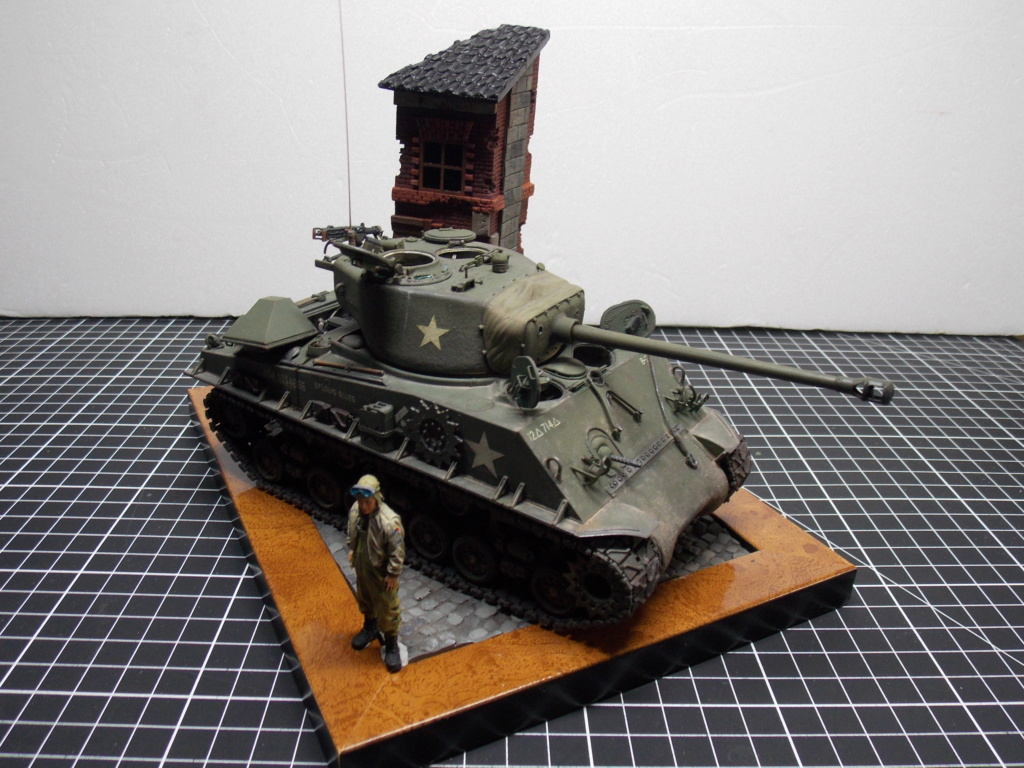 Sherman M4A3 76W HVSS with full interior RFM 1/35 - Page 12 Dscn1409