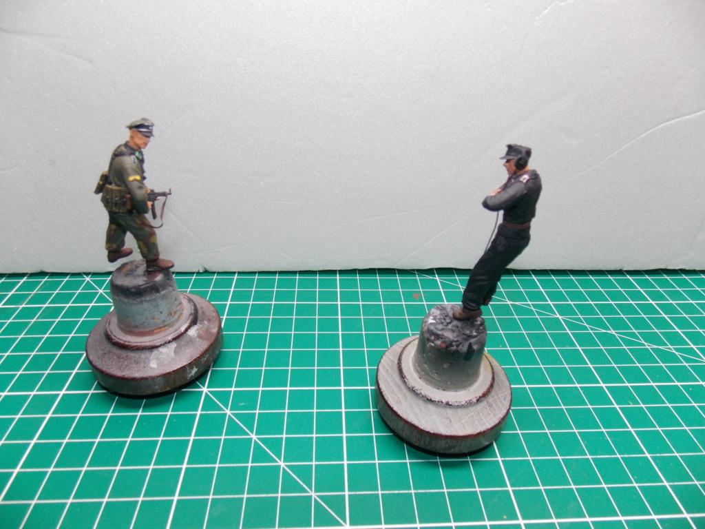 Guet-apens  Jadpanzer IV L48 / figurines DRAGON / décor perso  1/35  FINI  - Page 6 Dscn1469