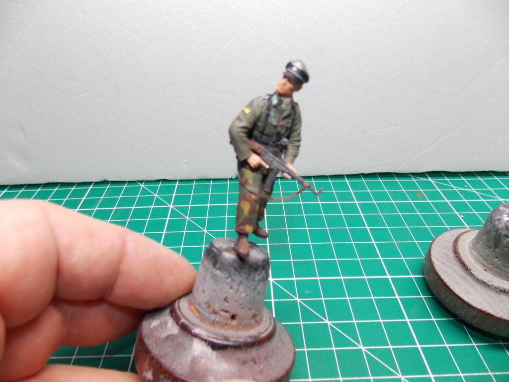 Guet-apens  Jadpanzer IV L48 / figurines DRAGON / décor perso  1/35  FINI  - Page 6 Dscn1470
