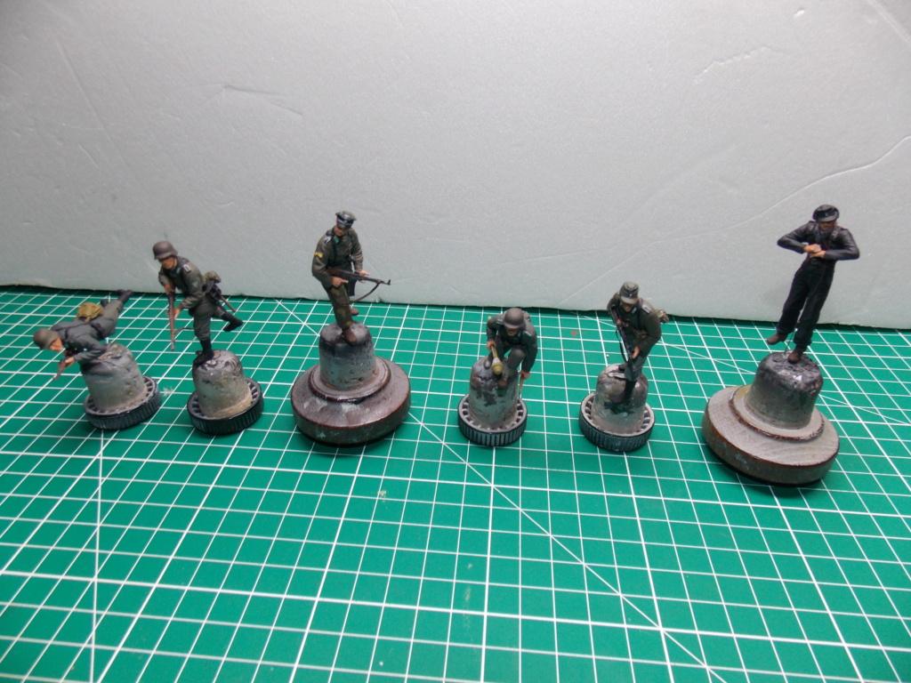 Guet-apens  Jadpanzer IV L48 / figurines DRAGON / décor perso  1/35  FINI  - Page 6 Dscn1471