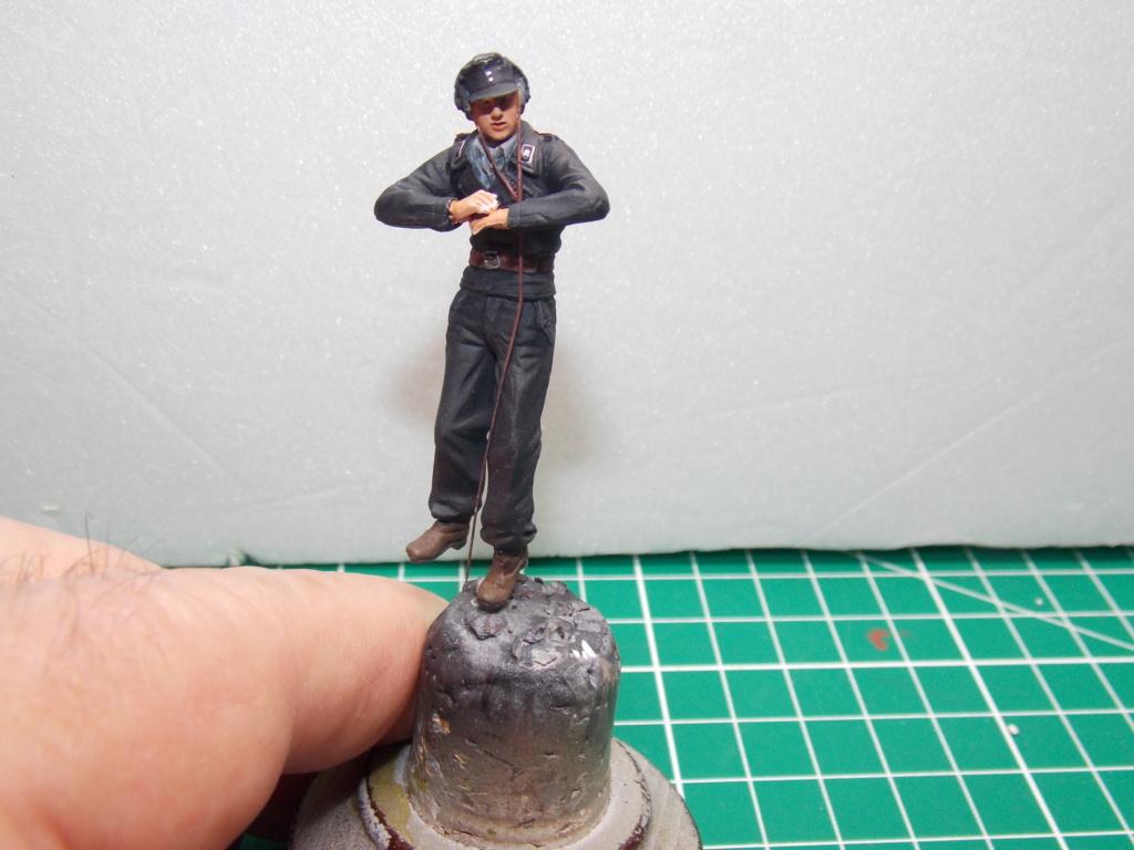 Guet-apens  Jadpanzer IV L48 / figurines DRAGON / décor perso  1/35  FINI  - Page 6 Dscn1473