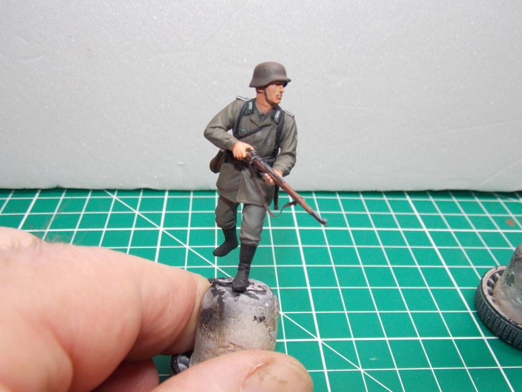 Guet-apens  Jadpanzer IV L48 / figurines DRAGON / décor perso  1/35  FINI  - Page 6 Dscn1474