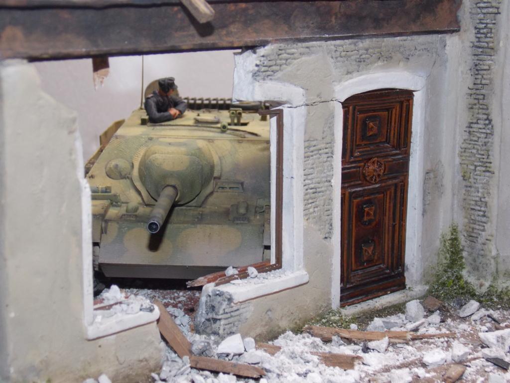 Guet-apens  Jadpanzer IV L48 / figurines DRAGON / décor perso  1/35  FINI  - Page 6 Dscn1559