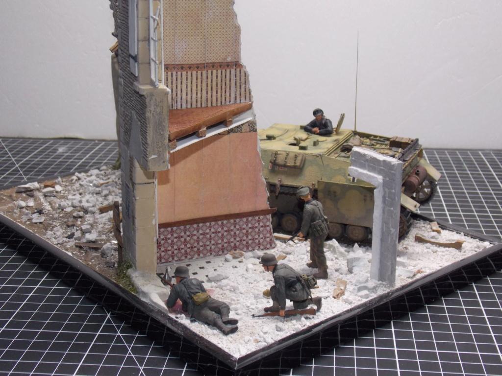 Guet-apens  Jadpanzer IV L48 / figurines DRAGON / décor perso  1/35  FINI  - Page 6 Dscn1560